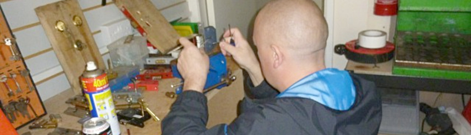 Locksmiths North West - Locksmiths Training